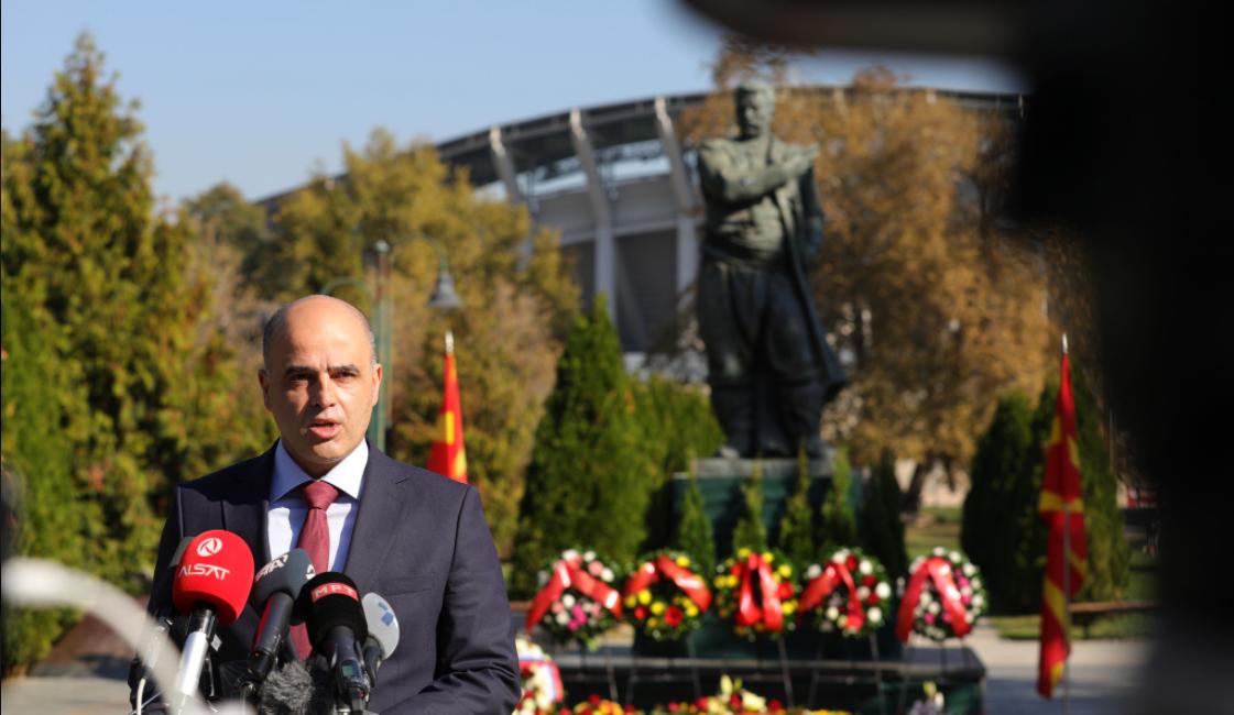 Заменик-министерот Ковачевски дел од владината делегација за одбележување на 23 Октомври