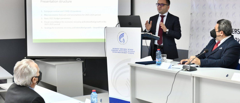 """Бесими на 4-та меѓународна конференција на Универзитетот """"Мајка Тереза"""": Со Стратегијата """"SmartER Growth"""" до удвојувањето на еко"""